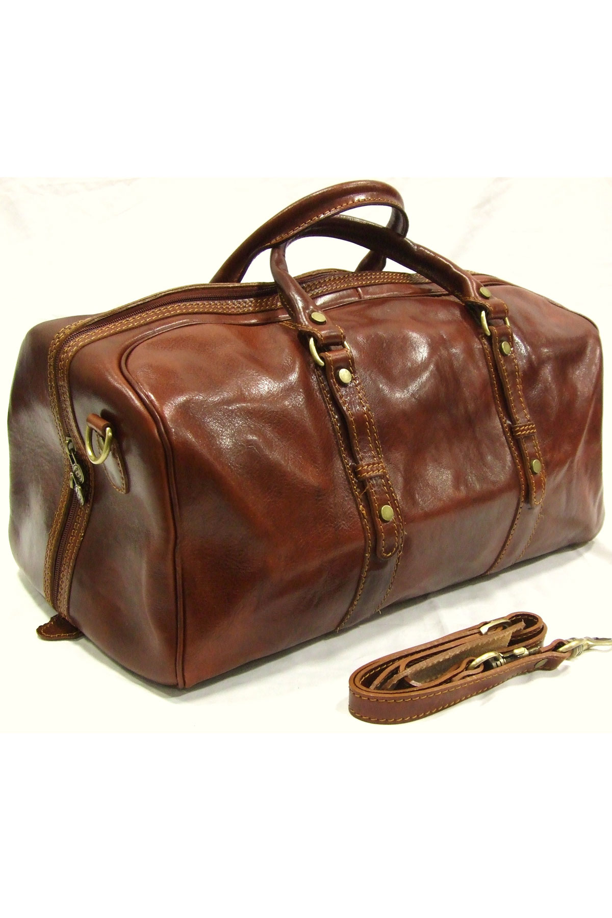 Italian Leather Travel Bag by Woodland Leather