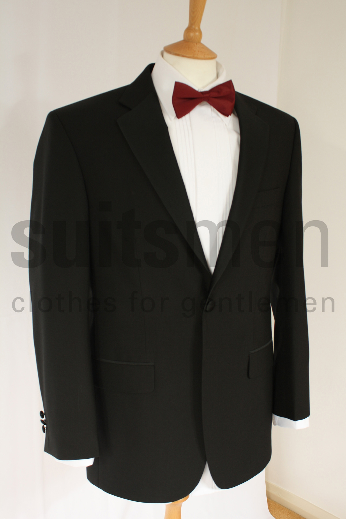 Dinner Jacket Head to a formal event looking well put together in a dinner jacket and a matching suit and tie. For a modern and dapper look, wear a suit by Tommy Hilfiger.