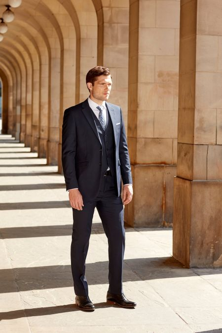 Farnham Tailored Fit Commuter Suit - Plus size mens suits