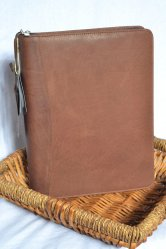 Woodland Leather Zip Folio
